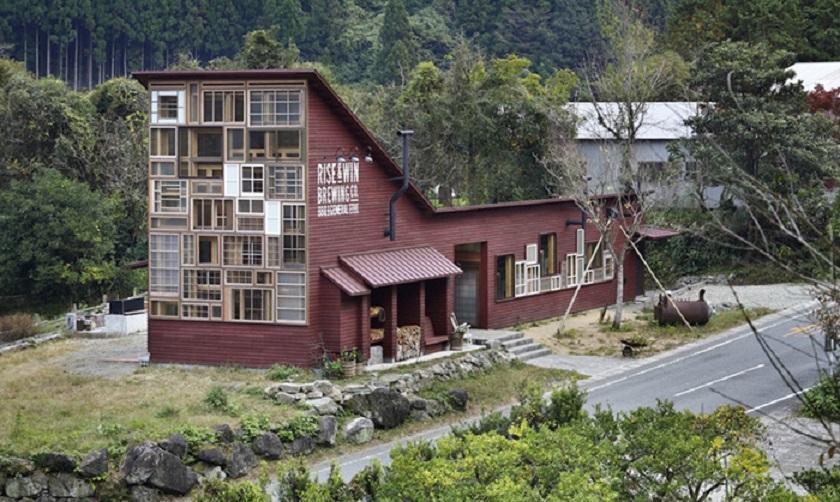 zero-waste-bar-recycling-kamikatz-public-house-japan-6