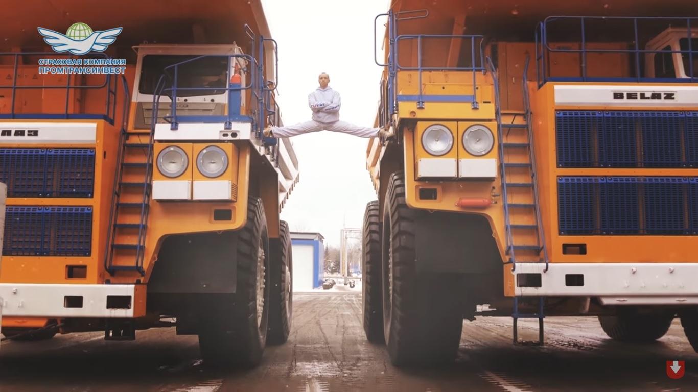 Каскадата на Ван Дам, но върху най-големия камион в света (ВИДЕО)