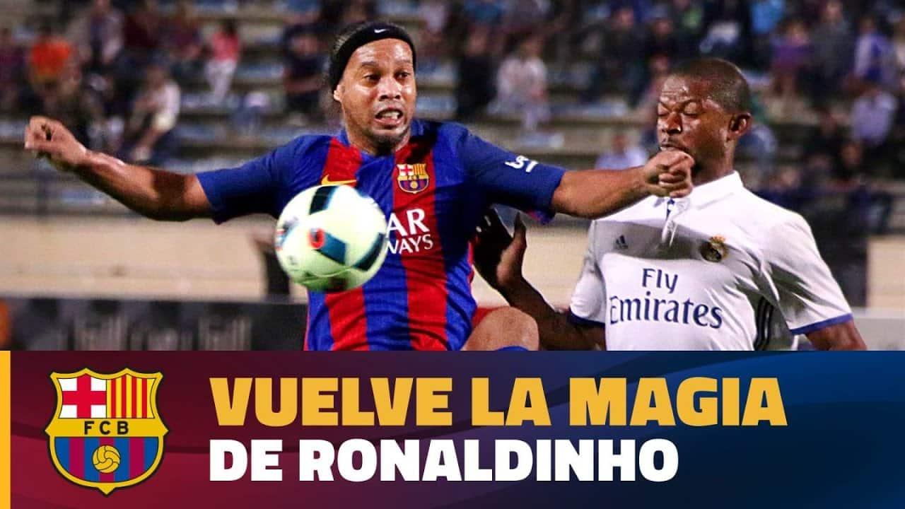 Магията в краката на Роналдиньо е жива (ВИДЕО)