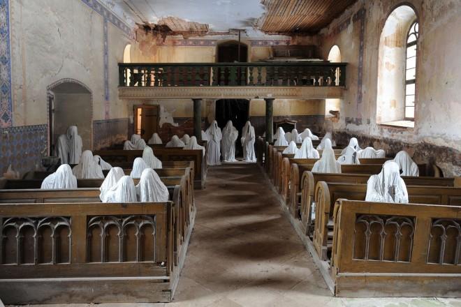 Призраци вместо поклонници в най-мистериозната църква