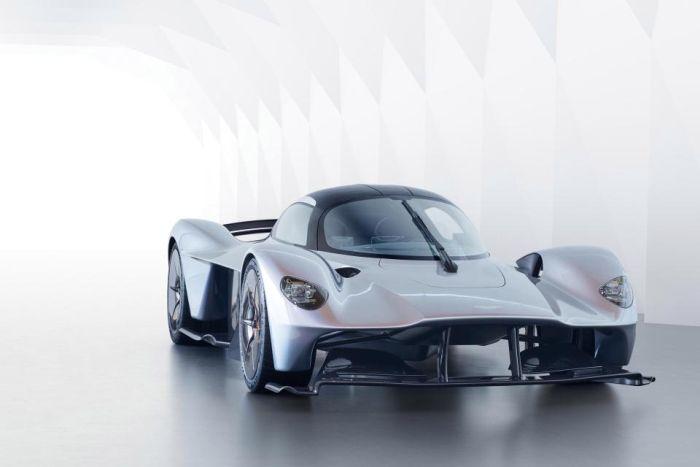 Aston Martin Valkyrie с дъх на Формула 1