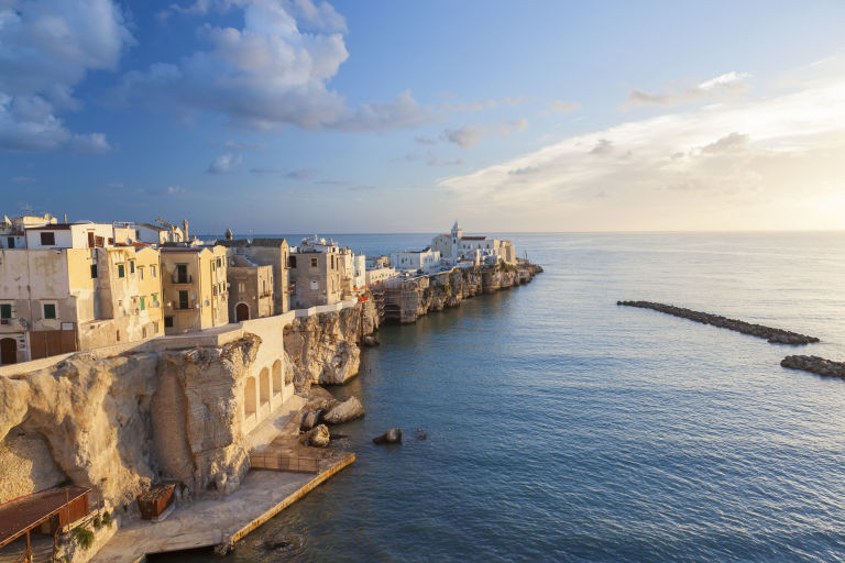 Италиански град ще ти плати, за да се преместиш да живееш там