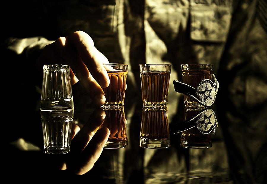 5 вида алкохол, които пием на екс в петък вечер