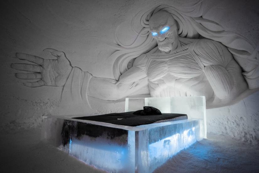"""Откриха леден хотел на тема """"Игра на тронове"""""""