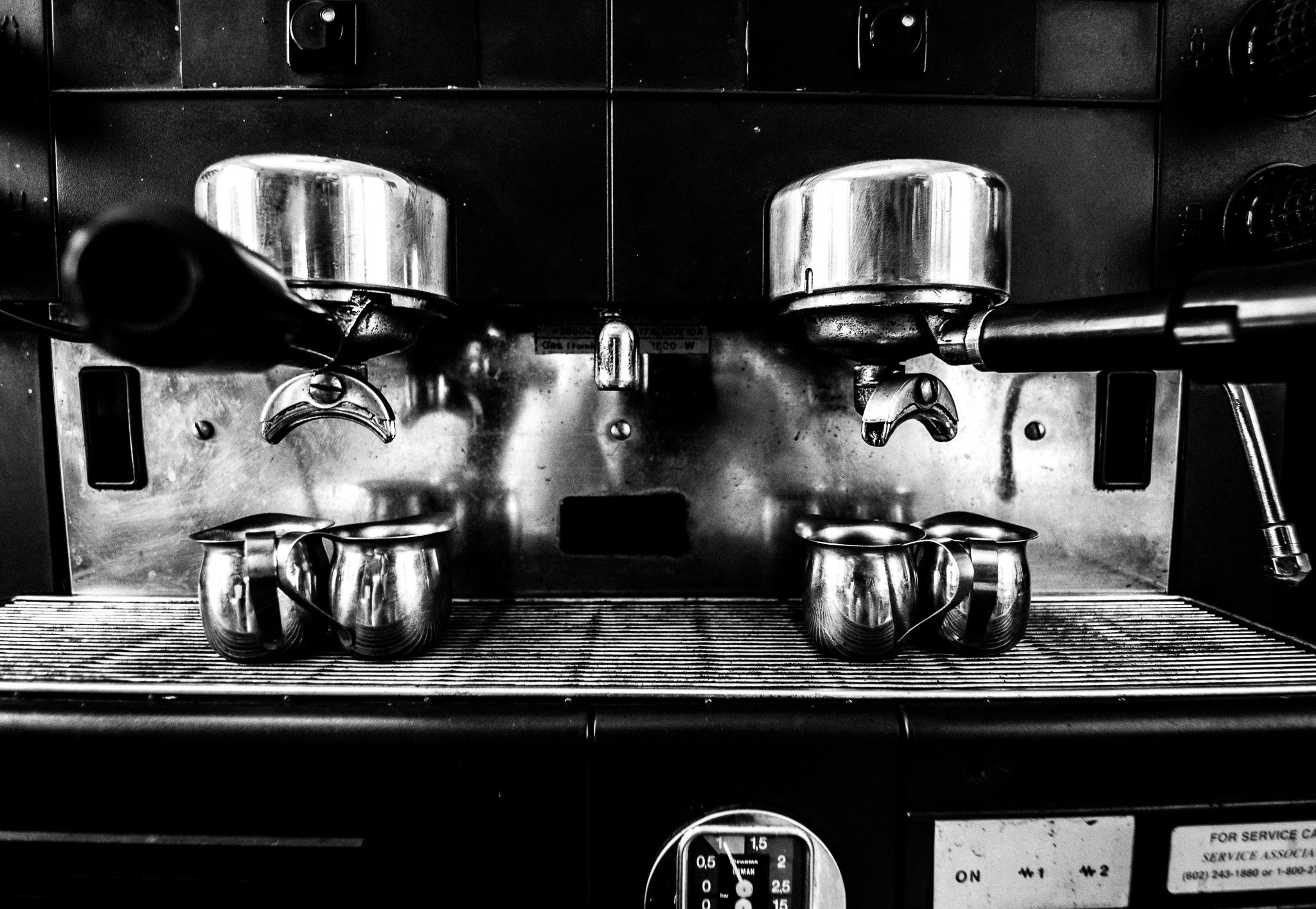 Топ 10 държави с най-ниска цена за чаша кафе, България е №1