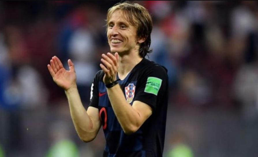 """""""Модрич още е грозен обаче"""" и още от Туитър за мача Хърватия – Англия"""