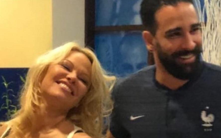 Памела Андерсън отряза за брак световен шампион и скъса с него