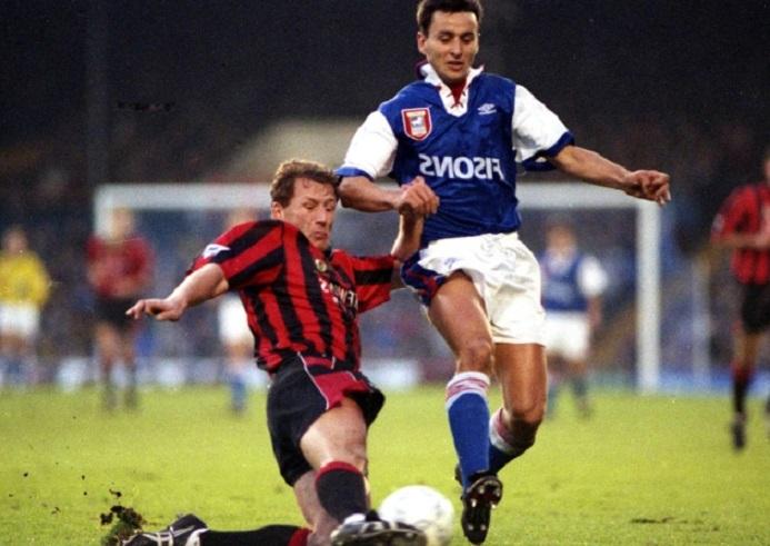 В Англия кръстиха бира на български футболист, герой от САЩ 94`