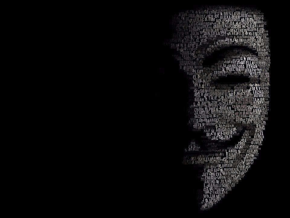 Анонимните хакнаха полицейските радиостанции в Чикаго, за да пускат музика (ВИДЕО)