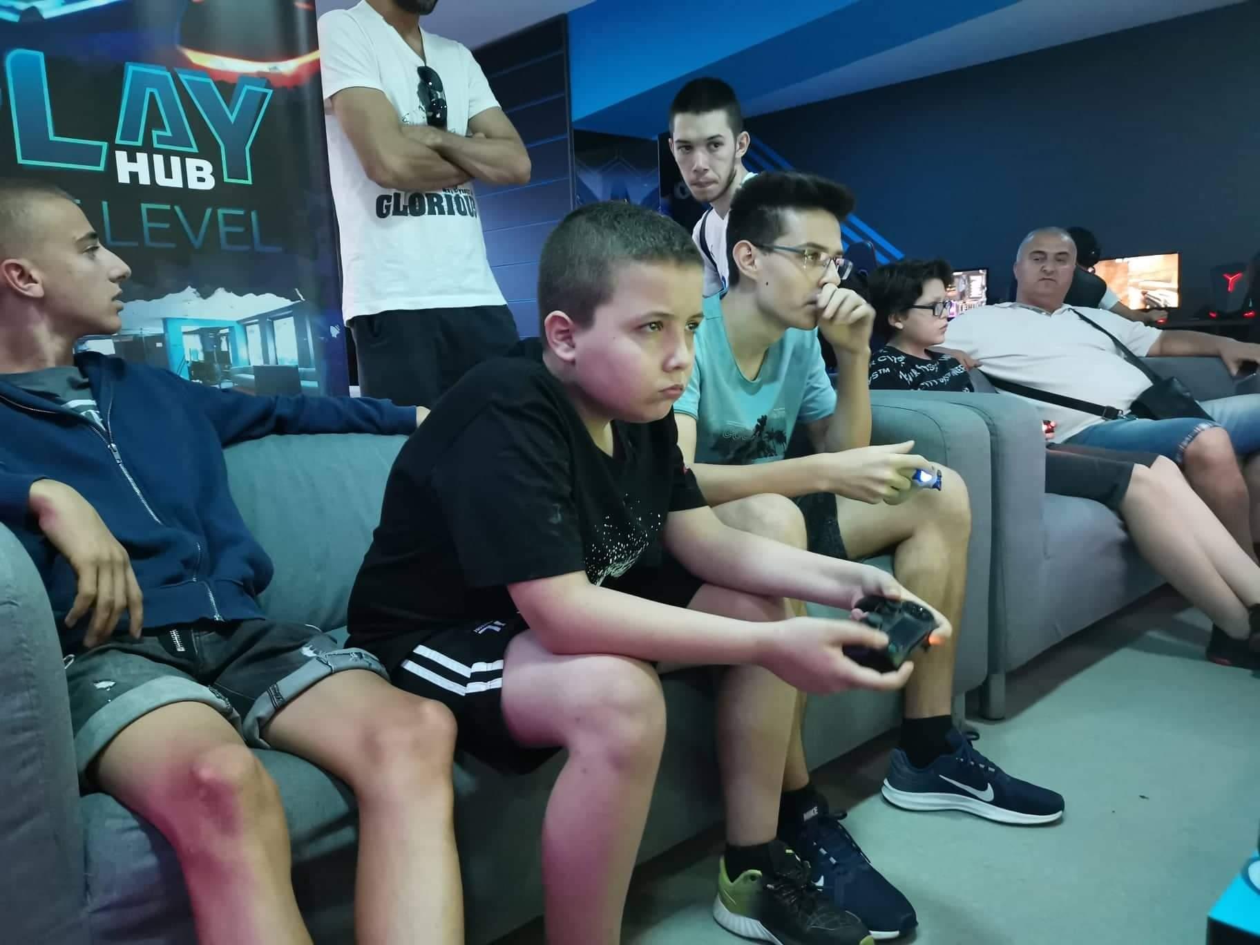 12-годишен българин е сред най-добрите ни геймъри на FIFA