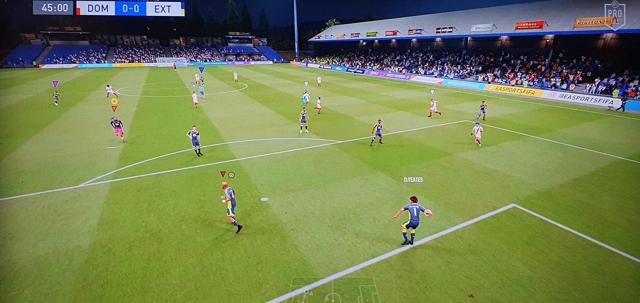 Първи бъгове на FIFA 21