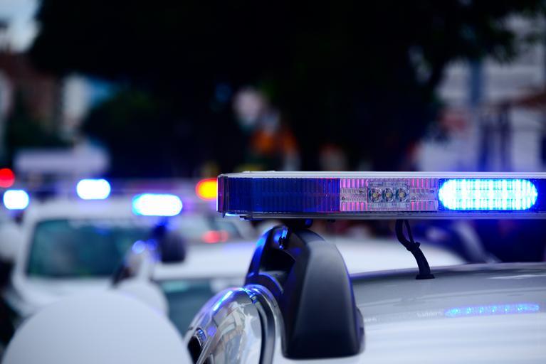 Полицай прави секс по време на смяна, колегите му го слушат по радиостанцията
