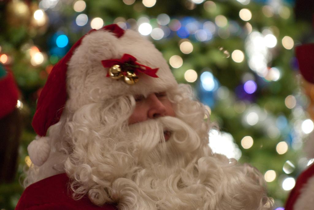 ВИП писма на родните звезди до Дядо Коледа