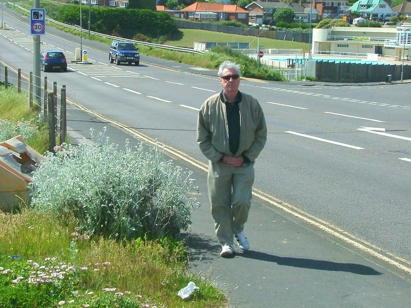 Мъж се разхождал 400 км, искал да успокои след скандал с жената