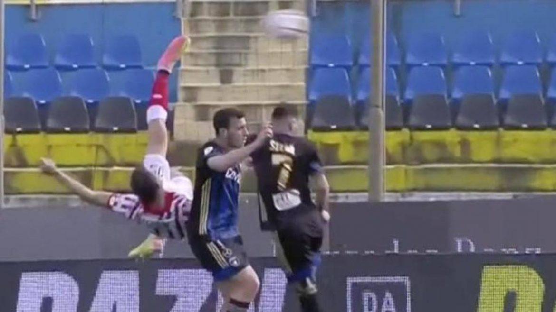 Мале, мале: Уникален гол от Серия Б на Италия (ВИДЕО)