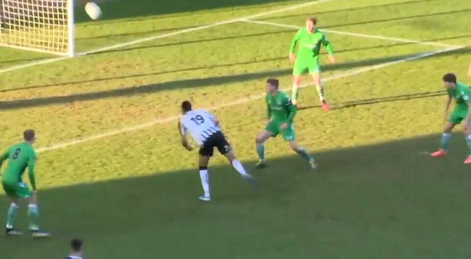 Бивш футболист от Първа лига вкара уникален гол като на FIFA21 (ВИДЕО)