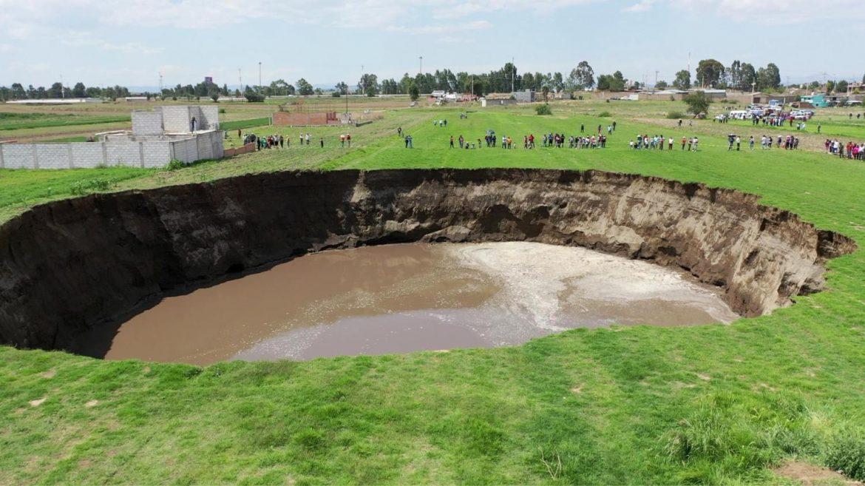 Дупка с диаметър от 60 метра се отвори в мексикански поля (ВИДЕО)