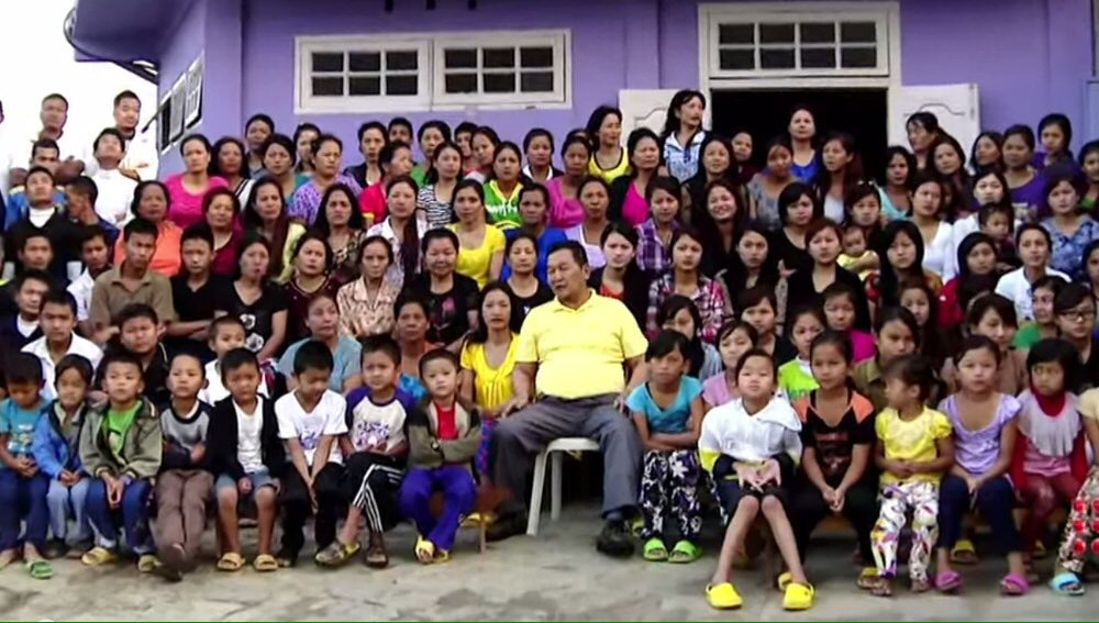Отиде си мъжът, който имаше 38 жени и 89 деца