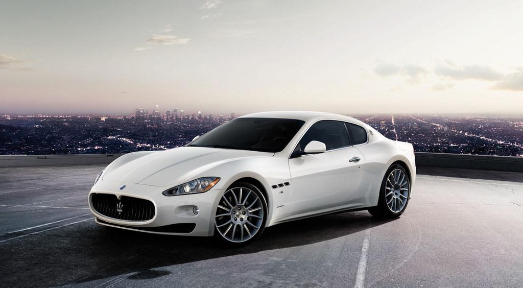 Билетът за финала на Евро 2020 достигна колкото Maserati GranTurismo